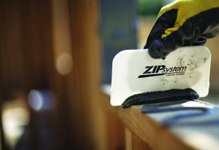 liquid zip system flashing ensures air- and waterproofing