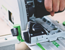 Festool TS 75 plunge cut track saw in action