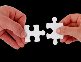 business partnership-puzzle pieces fit together-photo-CC0 license-Pixabay