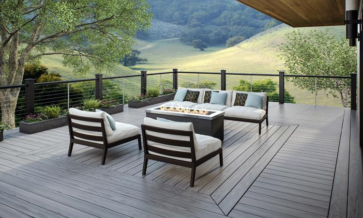 Deck Cable Railing. Photo: Deckorators