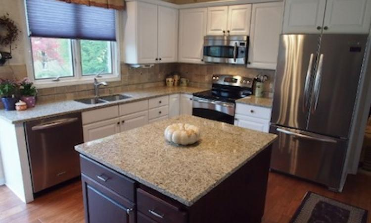 Kitchen remodel by Thompson Remodeling