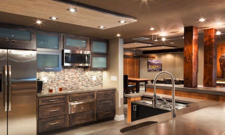 Reclaimed materials and industrial style in remodeling projects