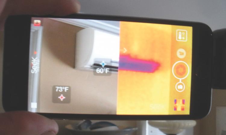 Seek thermal imager in use