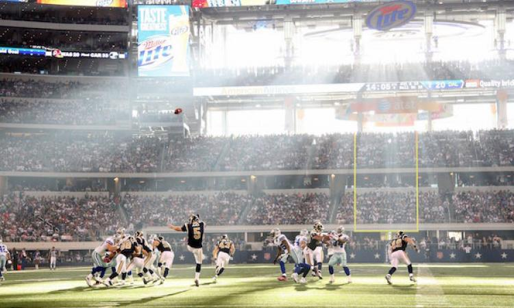 Great game of business, American football game