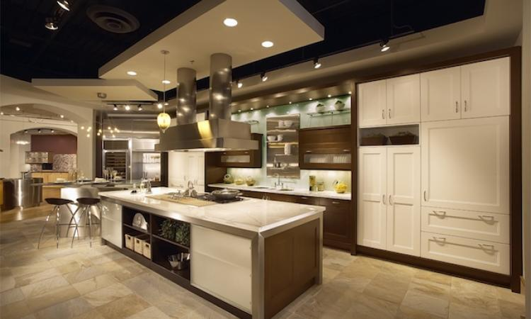 For all its bricks-and-mortar connotations, home improvement retailers find the showroom concept far from obsolete.