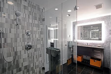 Exceptionnel Master Baths Top Most Homeownersu0027 Lists And Four In Ten Will Be Skipping  The Tub (43 Percent), According To The Winter Houzz Bathroom Remodeling  Survey Of ...