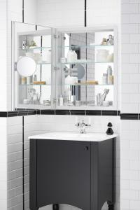 The New Kohler Verdera Medicine Cabinet Combines Aesthetics And  Functionality With Increased Storage Space And An Adjustable Magnifying  Mirror.