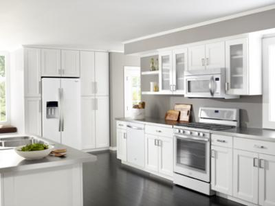Charmant This New Streamlined Collection Of Kitchen Appliances From Whirlpool  Includes Refrigerators, Wall Ovens, Ranges, And Dishwashers.